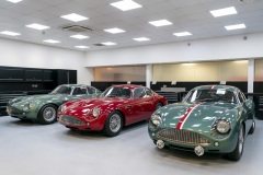 Handovers-begin-of-Aston-Martin-DB4-GT-Zagato-Continuation-models-photo-Max-Earey-6